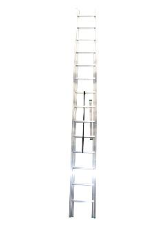 2-section combination ladder 14 + 14 - Standard ladder in aluminium for demanding amateur and semi-professional users.The combination ladder can be used as a twin step ladder, extension ladder or as 2 single ladders