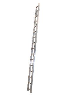 Roof ladder 2 m - The roof ladder can be used loose or it can be attached where required by law. The tall profile of the stiles provides plenty of space between the rungs and the roof. Outer width: 37 cm - Rung width: 30 cm - Stile height: 75 mm